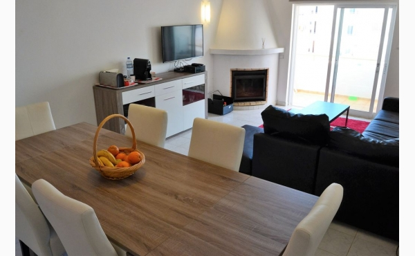 Modernes Wohnzimmer / Livingroom