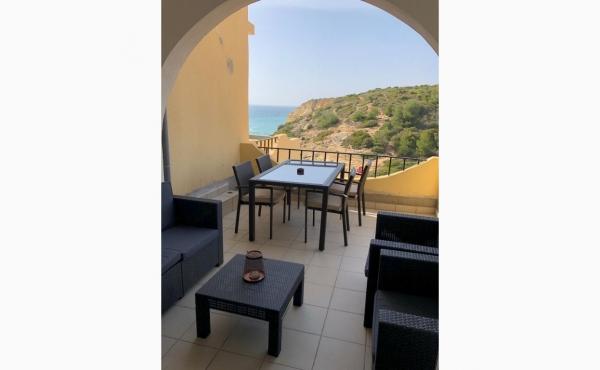 Essbereich auf der Terrasse, Dining area on the terrace