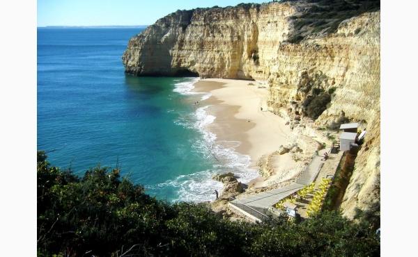 Praia Centeanes