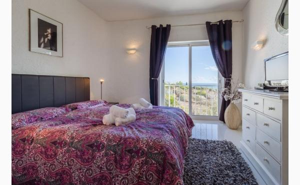 Schlafzimmer mit Meerblick / bedroom with seaview