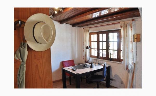 Eingangsbereich mit Schreibtisch / Entrance