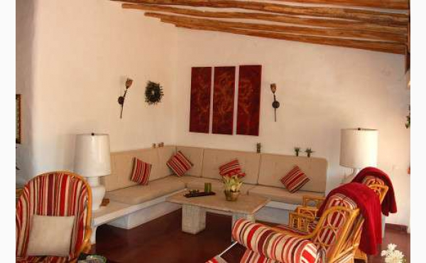 gemütlich eingerichtet im Landhausstil cozy furnitured